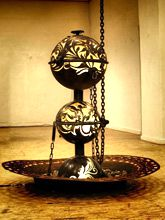 Steampunk Art floor lamp: Decorative piece of art with lotus flower and lizards.