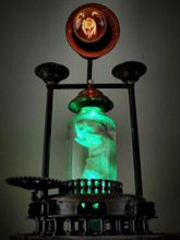 Steampunk Art Alchemy lamp for sale: Decorative piece of art with taxidermy rat.